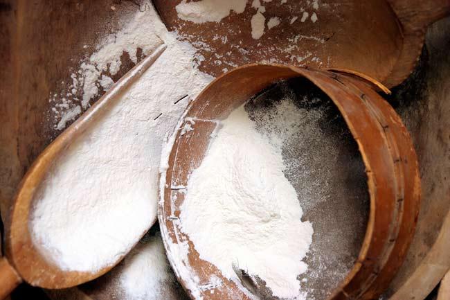 bigstock-Flour-969252