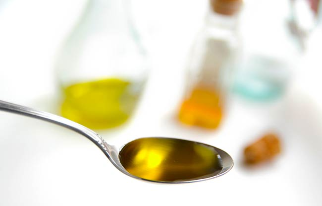 bigstock-Spoon-Of-Olive-Oil-974537