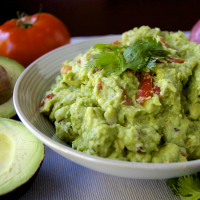 Ingesting iJuice Avocado Seed Oil Can Help Fight Cancer
