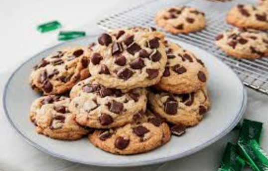 EATING CHOCOLATE CHIP COOKIES MAY BE GOOD FOR YOU!